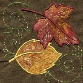 TT088 – Applique Leaf Quilt Square